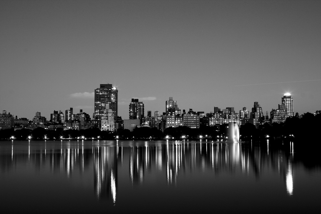 nyc-skyline-bw-photo